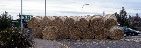 [Hay on the road]